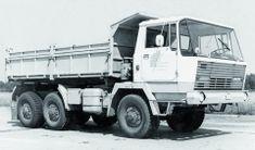 Další prototyp třínápravového třístranného sklápěče vyrobeného vrámci konstrukční řady T 813 (1970). Tow Truck, Big Trucks, Central Europe, Vintage Trucks, Eastern Europe, Motor Car, Cars And Motorcycles, 4x4, Transportation