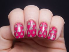 Chalkboard Nails: Triangle Pattern Nails