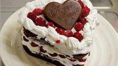 Procurando uma mensagem especial? Dê um toque de romantismo ao aniversário do seu amor. Encontre os melhores cartões e recados para o seu parceiro.