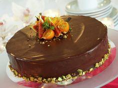 Norwegian Food, Norwegian Recipes, Easter Treats, Let Them Eat Cake, Chocolate Cake, Nom Nom, Cake Recipes, Pudding, Snacks