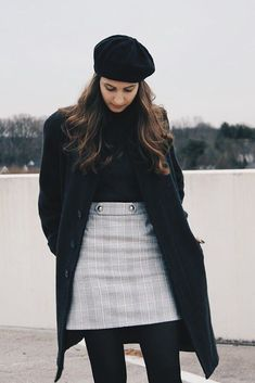 Discover recipes, home ideas, style inspiration and other ideas to try. Pretty Outfits, Winter Outfits, Casual Outfits, Fashion Outfits, Womens Fashion, Vintage Outfits, Vintage Fashion, Executive Fashion, Outfit Invierno