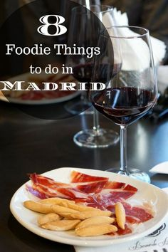 Consider yourself a lover of all things edible? Devour the city with our list of the top 8 foodie things to do in Madrid!