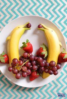 Fun food for kids! Banana dolphins. Fun fruit ideas. Food art. Creative food.