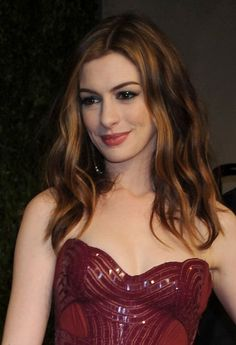 Anne Hathaways romantic, chignon hairstyle