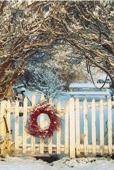 Gate wreath