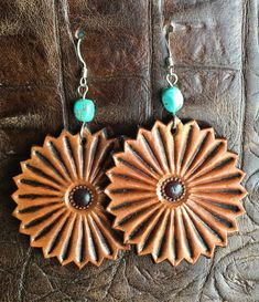 LEATHER WORK Tooled leather earrings Tooled leather earrings Tips to Help Kids Concentrate in Class Leather Earrings, Leather Cuffs, Leather Tooling, Tooled Leather, Boho Earrings, Leather Bracelets, Leather Bags, Jewelry Crafts, Handmade Jewelry