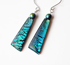 Black Crackle Dangle Earrings polymer clay handmade by BeadazzleMe, $16.00  - they look like dichroic
