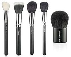 How to clean make-up brushes on the cheap (love my MAC brushes) – 2019 Makeup Ideas Best Makeup Brush Brands, Best Makeup Brushes, It Cosmetics Brushes, Makeup Tools, Best Makeup Products, Mac Cosmetics, Makeup Ideas, Beauty Products, Best Mac Brushes