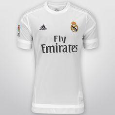 Apoya al equipo más ganador de España y Europa portando el Jersey Adidas Real Madrid Casa 15/16 s/n°, y demuestra tu pasión por el conjunto merengue a cada partido.
