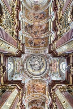 The ceiling of Melk Abbey, a Benedictine Abbey situated on a rocky outcrop overlooking the Danube River, adjoining the Wachau Valley, Lower Austria. Baroque Time Period, Fresco, Wachau Valley, Guatemala, Giorgio Vasari, School Murals, Baroque Architecture, Sistine Chapel, Artists Like