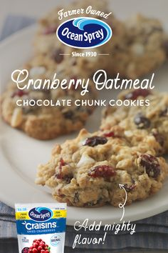 Running out of baking ideas? Try our Craisins® Dried Cranberries Oatmeal Chocolate Chunk Cookies. They& so good, even your little cookie monster will want them. Cookie Desserts, Just Desserts, Cookie Recipes, Delicious Desserts, Dessert Recipes, Bar Recipes, Cookie Bars, Dinner Recipes, Yummy Cookies
