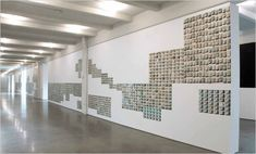 Art Review - Westchester - Zoe Leonard's Show Features Old Postcards of Niagara Falls - NYTimes.com