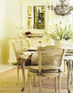 Classic Style: French Shabby Chic Style