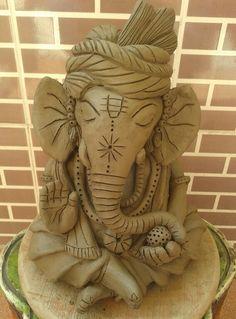 Eco friendly Ganpati Idol Clay Ganesha, Ganesha Painting, Ganesha Art, Lord Ganesha, Jai Ganesh, Ganesh Statue, Eco Friendly Ganpati Decoration, Ganpati Decoration At Home, Clay Art Projects