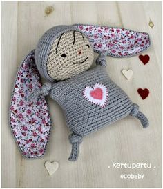 kertupertu heARTmade: New Ecobaby. Knit Or Crochet, Crochet Toys, Baby Security Blanket, Eco Baby, Teething Toys, Amigurumi Doll, Baby Patterns, Baby Hats, Pet Toys