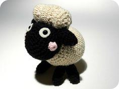 amigurumi by Krista. Crochet Sheep, Crochet Yarn, Hand Crochet, Yarn Animals, Crochet Animals, Crochet Patterns Amigurumi, Knitting Patterns Free, Creative Knitting, Stuffed Animal Patterns