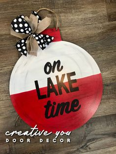 Hand painted bobber-lake door hanger by Creative You Door Decor. Dollar Tree Decor, Dollar Tree Crafts, Dollar Tree Cricut, Dollar Tree Store, Wooden Door Signs, Wooden Door Hangers, Halloween Door Hangers, Acrylic Craft Paint, Diy Signs