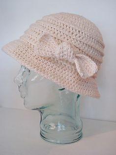 Free Crochet Ewa Hat Pattern. @ DIY Home Ideas