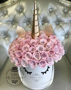 Make today or any other day magical- filled with the JLF Unicorn arrangement! Order Flowers Online before 2 pm from J'Adore Les Fleurs flowers boutique and get same day delivery quote. Flower Box Gift, Flower Boxes, Gift Flowers, Purple Flowers, Amazing Flowers, Beautiful Flowers, Luxury Flowers, Unicorn Birthday Parties, Flower Decorations