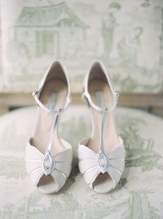 BHLDN Shoes | buy here: http://rstyle.me/n/eenznsque | photography by http://www.greergphotography.com/