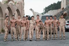 The hype about the Korean drama by Descendants of the sun featuring Song Joong-Ki, Jin Goo, Song Hye-Kyo and Kim Ji-Won has been all . Song Hye Kyo, Song Joong Ki, Asian Actors, Korean Actors, Korean Dramas, K Pop, Kdrama, Decendants Of The Sun, Sun Song