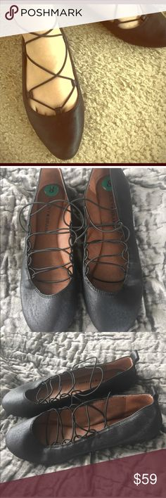Lucky Brand Black ballerina style flats Lucky Brand Black ballerina style flats/ Color Black/ Size 7/8/ 7  Like New / 8 New never used/  Buy now or best offers!! Lucky Shoes Flats & Loafers