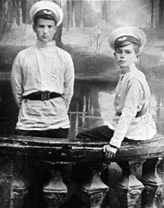 Schoolboys pre-revolutionary Russia, the end of the XIX century  Form of schoolboy was evidence of caste superiority, because in those days, the opportunity to receive education was only for children of nobles, intellectuals and industrialists. In appearance the school uniform was like a military clothing. The set includes a cap, tunic and overcoat. Winter school uniforms added a hood, which is attached directly to the uniform.