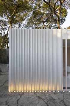 shipping container Garden room Gallery of Container House / Marilia Pellegrini Arquitetura - 7 Container Home Designs, Sea Containers, Casas Containers, Architecture Details, Modern Architecture, Wall Design, House Design, Facade Lighting, Boundary Walls