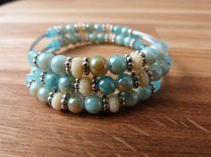 Bekijk dit items in mijn Etsy shop https://www.etsy.com/nl/listing/233440864/wikkel-armband-creme-en-lichtblauw