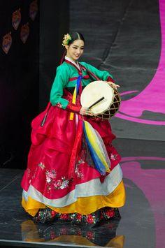 나라의 문화가 담긴 미스 유니버스의 의상 | Daum 루리웹