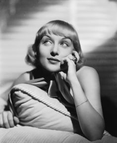 Carole Lombard: The Queen of Screwball Comedy Classic Actresses, Classic Movies, Hollywood Actresses, Actors & Actresses, Classic Hollywood, Old Hollywood, William Powell, Mary Tyler Moore, Elizabeth Montgomery
