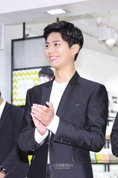 """161028 ♡ vprove myeongdong store opening""1200 x 1800"" """