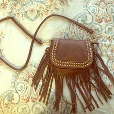 chestnut brown cross body bag perfect condition! comes with long strap to fit over the shoulder an wear across the body. Bags Crossbody Bags