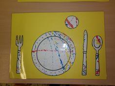 placemat: tafel dekken (eventueel uitbreiding voor het spel in de poppenhoek) *liestr*