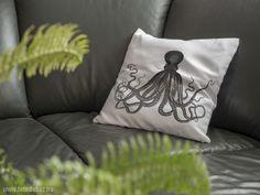 Egyedi párnahuzat 40x40 cm Bed Pillows, Lego, Home Decor, Pillows, Decoration Home, Room Decor, Legos, Interior Decorating