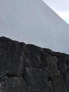 Pretty volcanic rock wall walls pinterest for Argo fabiola