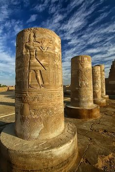 Pillars of Kom Ombo Temple, Egypt (by Dietmar Temps). | A1 Pictures