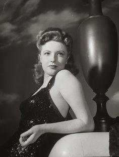 Vintage Glamour Girls: Joan Leslie