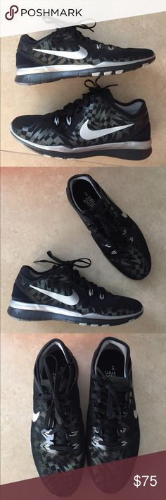New Authentic Nike Free TR fit 5.0 in Black Silver Authentic Nike Free TR fit 5.0 in Black Silver Metallic Gray. Size 8, EU 39. New and never worn. Nike Shoes Athletic Shoes