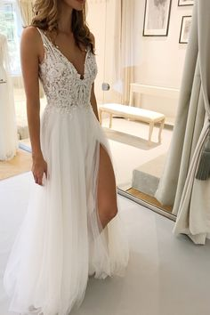 TOM SEBASTIEN Hochzeitskleid 2019 Workshop Best Picture For green Homecoming Dress For Your Taste You are looking for something, and it is going t Wedding Dresses 2018, Prom Dresses, Wedding Dresses With Slit, Wedding Goals, Wedding Day, Wedding Hacks, Wedding Quotes, Summer Wedding, Wedding Stuff