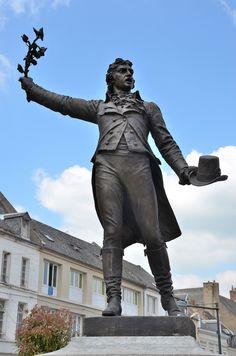 Statue de Camille Desmoulins à Guise (Picardie)