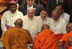 Francisco participa de encontro multirreligioso. Último pontífice a viajar ao país foi João Paulo II, em 1995, quando foi boicotado por lideranças budistas