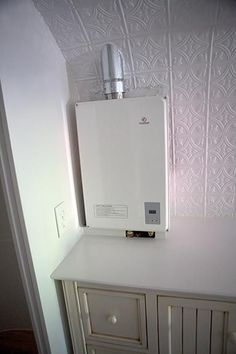 Perfect for a small home! On-demand propane-powered water heater - Eccotemp 40-HI-LP Tankless Water Heater ~ http://walkinshowers.org/best-gas-tankless-water-heater-reviews.html