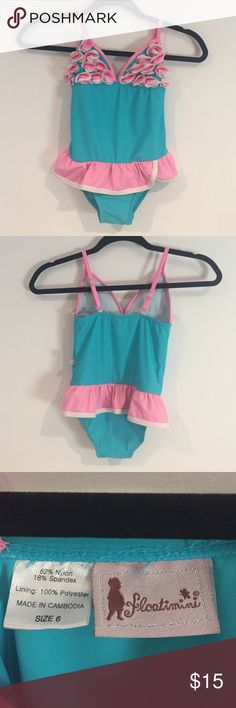 Girls one piece bathing suit flowers and frilly Girls size 6 so cute swim suit! Great condition!! Floatimini Swim One Piece