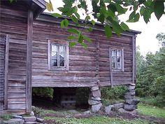 maa talo Suomessa