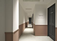Hotel Hallway, Hotel Corridor, Showroom Interior Design, Interior Architecture, Hotel Bedroom Design, Corridor Design, Common Area, Office Interiors, House Design