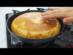 - YouTube Healthy Sweet Snacks, Eat Right, Food Cakes, Cornbread, Hot Chocolate, Cake Recipes, Deserts, Strawberry, Food And Drink
