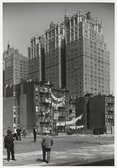 Tudor City, 1930