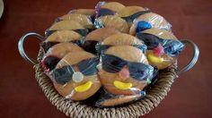 Eierkoektraktatie met zonnebril