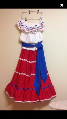 Red and white bomba y plena set Little Girl Skirts, Little Girls, Puerto Rican Festival, Sewing Ideas, Sewing Patterns, Dance Costumes Kids, Puerto Rican Culture, Puerto Ricans, Traditional Dresses